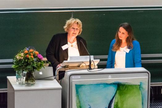 Konferenz 2016 (03): Prof. Dr. Michaela Brohm-Badry und Jun.-Prof. Dr. Corinna Peifer